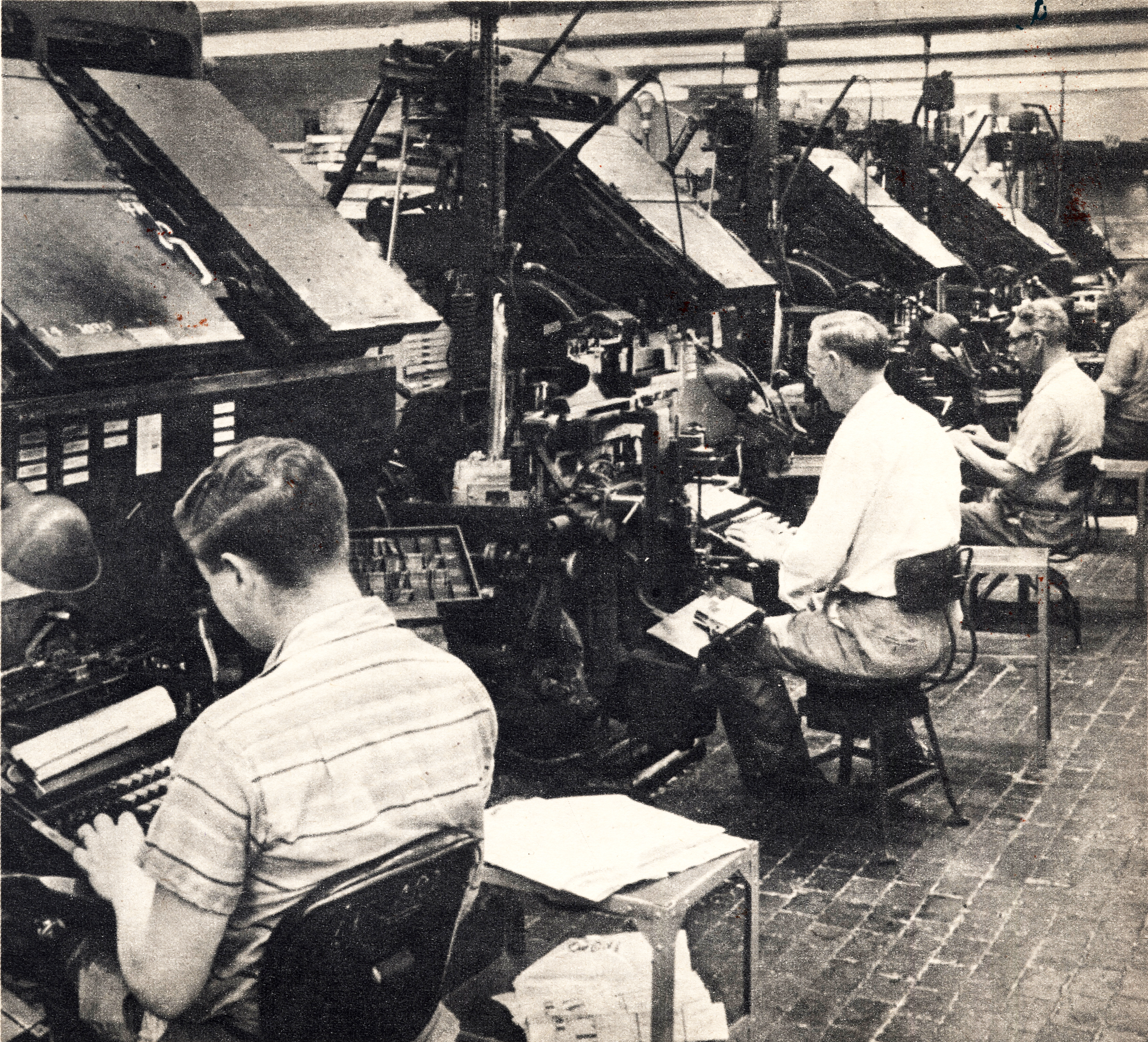 Linotype Operators In The Composing Room At The Cincinnati Enquirer 1941 Image Courtsey Of The Cincinnati Enquirer